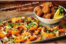 So gut schmeckt der Herbst! / Lammfleischbällchen mit geröstetem Kürbis, Granatapfel & Tahini Sauce