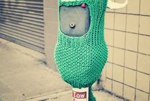 We got the yarn bomb / Wooly and wonderful street art