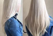 Blond włosy (długie)