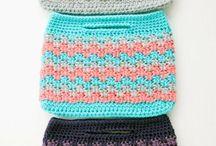 Crochetrd purses
