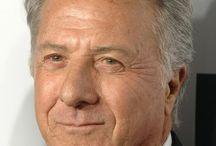 """Dustin Hoffman """" Acteur """" / Acteur, réalisateur et producteur né à Los Angeles. Oscar du meilleur film pour Rain Man et Kramer contre Kramer. De nombreux films à son actif comme Macadam cowboy ou Les hommes du président."""
