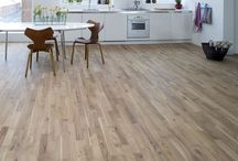 Kitchen floors / Solid hardwood flooring is a great choice for kitchens - durable, easy to maintain and as well as adding natural warmth and beauty. Ideal for use with underfloor heating too.