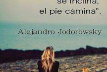 Frases~Reflexiones~Pensamientos / by Amanda Vargas