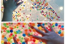 Sensory play with water beads / These beads are great fun for children of all ages, get them sorting, counting or simply just having fun!
