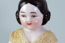 Dolls/Frozen Charlotte