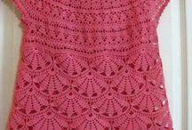 Blusas y rebecas de crochet / by Loli Morilla Barroso