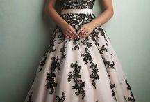 sukienki :3