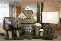 Spuren im Holz / Mit einem Hocker mit echtem Ziegenfell, einem Windlicht aus massivem Holz in Herzform, einer Aloe Blüte aus Foam-Kunststoff. Einer Stehlampe und Pilzen aus Holz, oder einem Topf aus Massivholz. http://creatina-dekoshop.de/Themenwelten/Spuren-im-Holz/