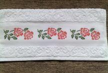 toalha c duas rosas