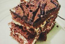 Cakes / food_drink