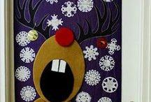 Decorazioni per porta natalizia