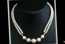 halskettingen/necklaces