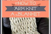 arm knitting / crocheting