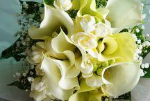 Bouquets & Wreaths