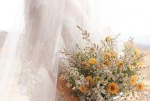 mennyasszonyi ruhak