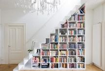 Bookshelves staircase