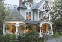New house / Love the round veranda