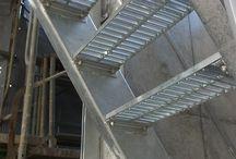 外部鉄骨階段