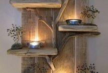 Arreglo con lámparas en madera