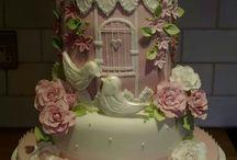 Birdcage & birds wedding cakes