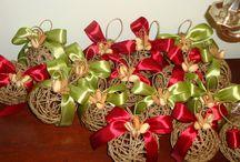 Palline di Natale con spago