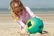 Quut Beach Toys / Quut beach toys such fun for summer! Not just the average bucket and spade!