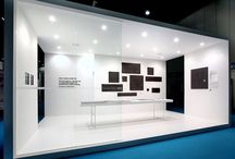 StANd ExiBiTioN