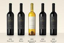 Vinurile Imperium / Imperium Wines continuă tradiția vinurilor nobile, din podgoriile Miniș-Măderat, cu o selecție exclusivă a celor mai expresive soiuri.