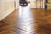 Hardwood floors / by Samantha Ezzo