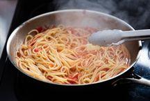 The Tiny Italian blog / Italian food blog posts.  Including cooking tips and top 5 delicatessens, pasta restaurants etx