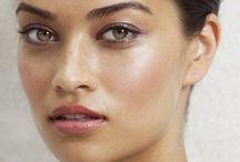 Make up  / by ENDIAH WHITE