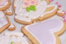 Desserts and Sweet Treats / by Jana