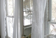 Window Space & Curtain Decoration Drapery Gardiner Shutter / Window space and curtains