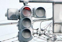 信号、標識など