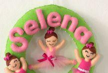 Enfeite de porta em feltro com nome Selena
