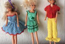 nieuwe kleren voor de barbie gemaakt.
