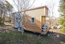 Architecture: Small Spaces / Small spaces, tiny houses, homes on wheels, off the grid living