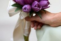 Tulip Bridal Bouquet / Ideas for bridal bouquets with tulips and other spring flowers.