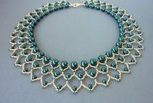 collar azul perlas