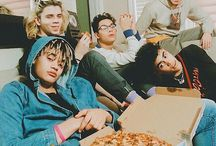 PRETTYMUCH / I'm obsessed with these guys, and I freaking love them.