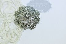 boutons / boutons strass, boutons à queue strass, bouton agrafe strass, bouton métal, bouton fantaisie,