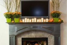 Mantel Decor / by Lindsey Kreun