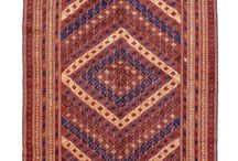 Bohemian Rugs / Bohemian Rugs are a great mix of traditional and modern rugs and carpets . Ideal for a space with minimalistic decor or light interiors, bohemian rugs spruce up a space like no other.