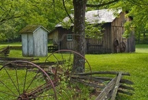 Antique Buildings-  homes and farms / by Jackie Vestal