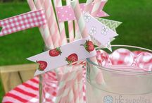 Summer Strawberries / Summer garden and strawberries inspiration board; craft paper printable, party, picnic and DIY ideas