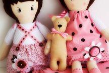 * poupées *