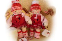 kikita rongybabák (saját babáim), waldorf inspired dolls / Kézműves babáim, egyedi tervezésű rongy illetve textil játékok. A baba ruhák mind levehetőek.