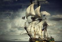Lodě, námořníci, piráti