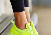 Nike air max thea neon yellow