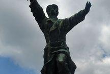 Ostapenko statue
